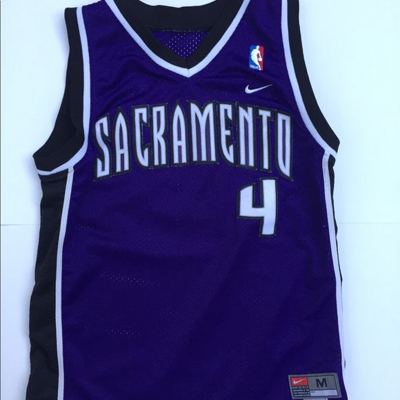 online store 010e6 80843 Chris Webber youth NBA Nike Jersey Purple Medium